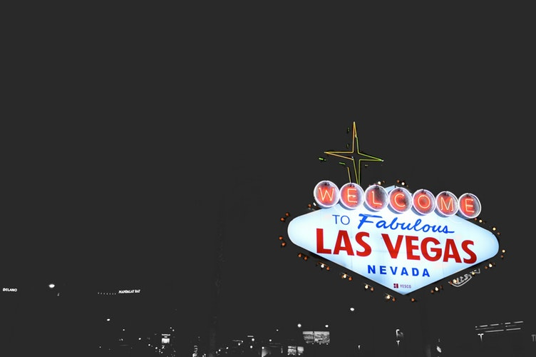 PostIMage Global Positioning and Casino Offerings night light from lasvegas - Top Casino Gaming Trends in 2019 Every Casino Manager Must Know