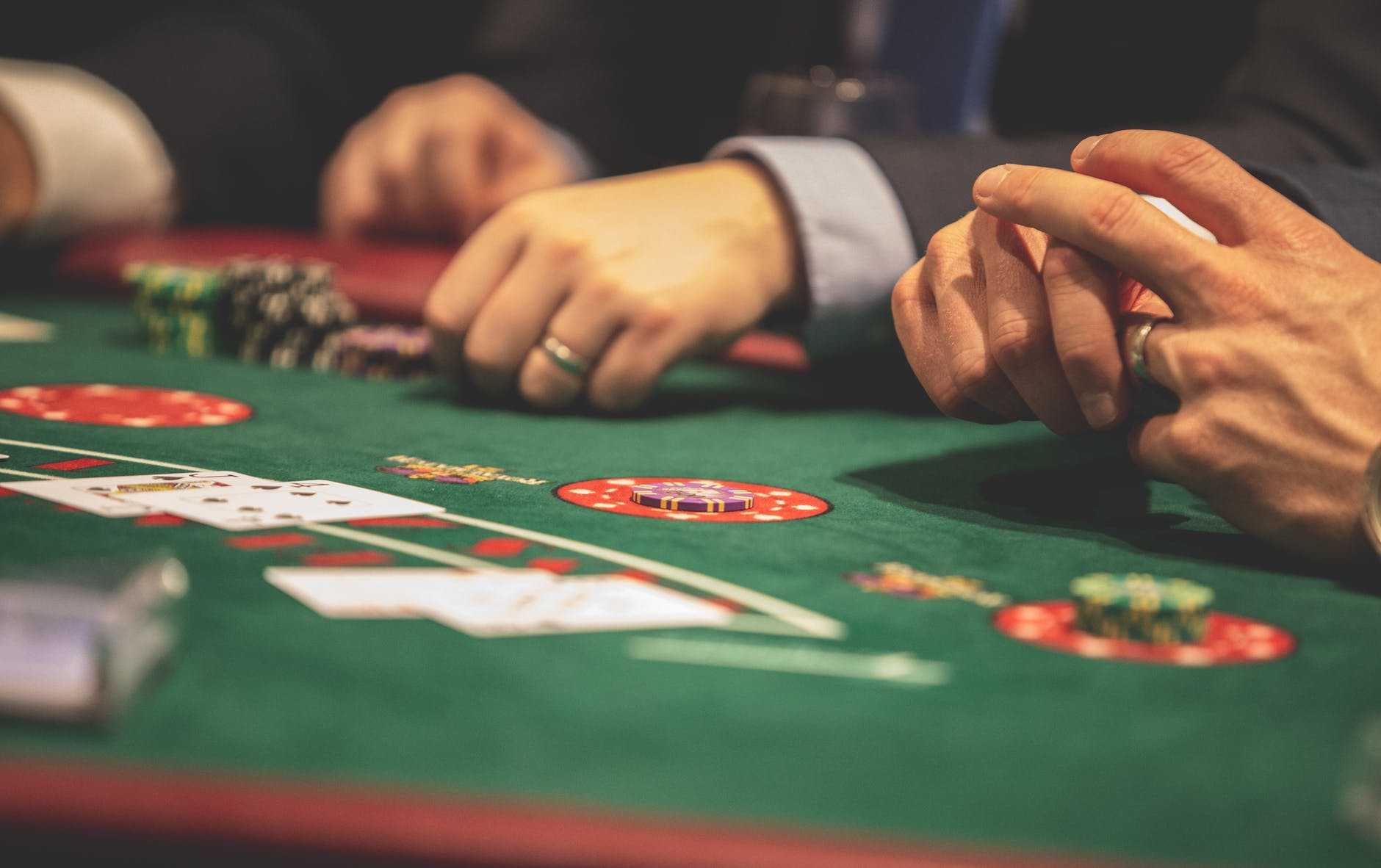 PostImage Expand your knowledge with the casino industry people hands on casino tables - 3 Reasons Why Gambling Industry Managers Should Attend Casino Gaming Events