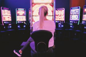 slot mahince play 300x200 - slot-mahince-play